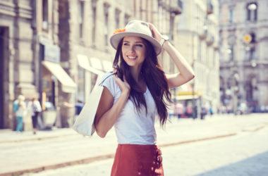 Mode für zierliche Frauen